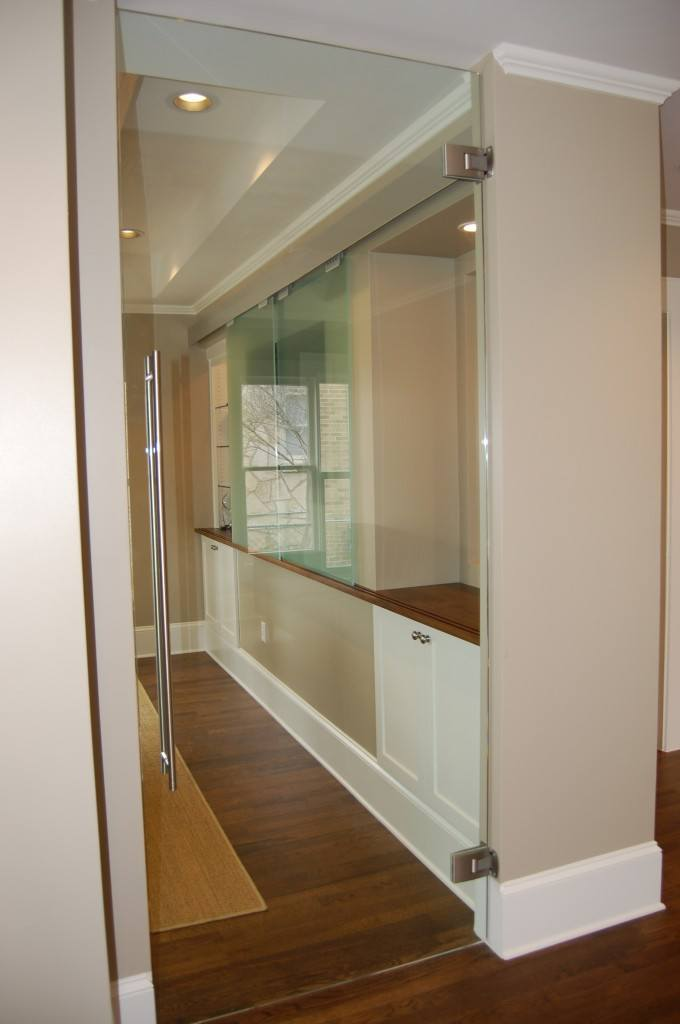 Heavy Glass & Frameless Doors | Commercial Gallery | Anchor-Ventana