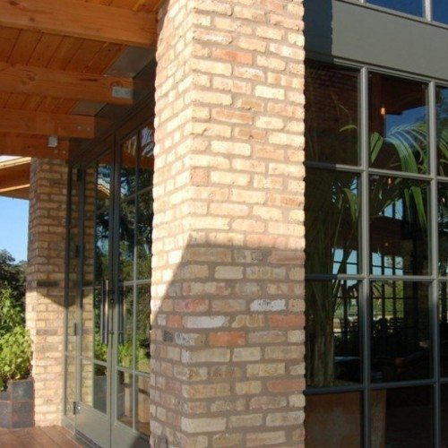 Custom Storefront Doors, Windows and Brake Metal   Entrances Gallery   Commercial Products   Anchor-Ventana Glass