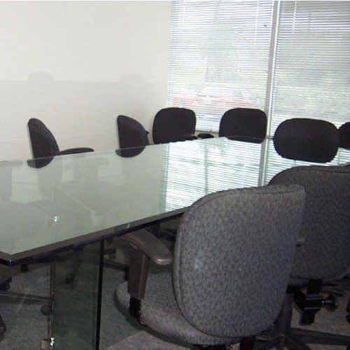 Beveled Glass Conference Table with Glass Legs | Glass Countertops / Table Tops Gallery | Residential Products | Anchor-Ventana Glass