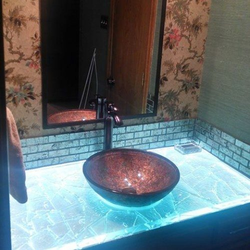 Back Lit Glass Countertop in Bathroom | Glass Countertops / Table Tops Gallery | Residential Products | Anchor-Ventana Glass
