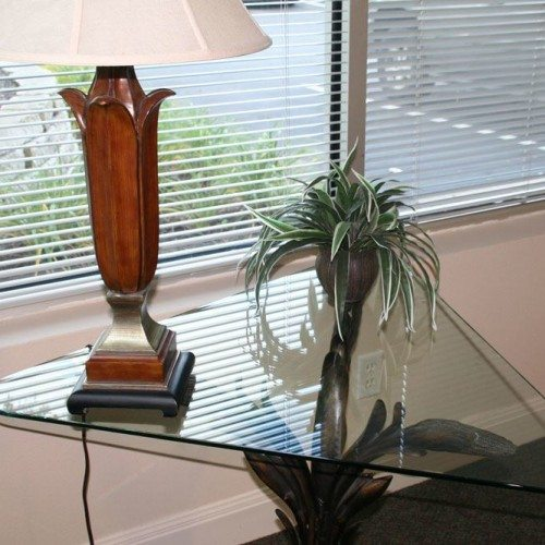 Custom Glass Table Top | Glass Countertops / Table Tops Gallery | Residential Products | Anchor-Ventana Glass