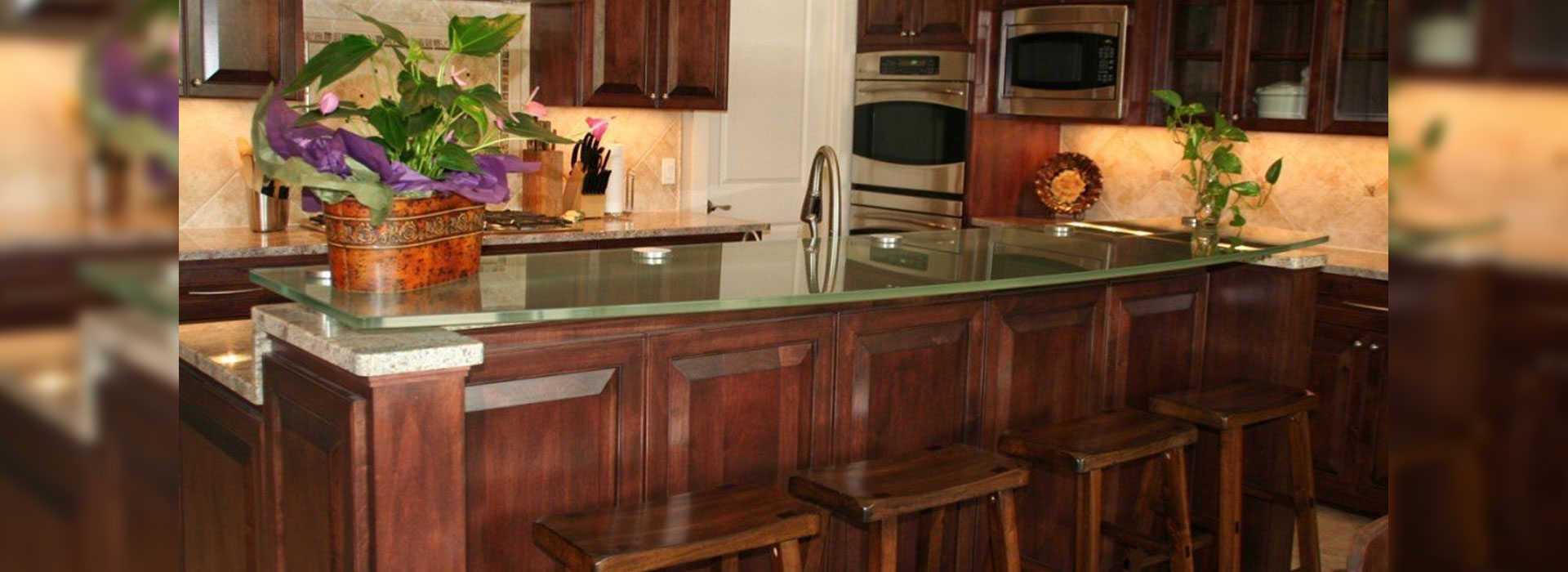 Glass Countertops / Table Tops | Residential Glass Products | Anchor-Ventana Glass Company | Austin TX Glass