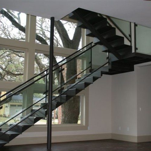 Custom Glass Handrail Clamp System at Stairway | Glass Handrail Systems | Residential Gallery | Anchor-Ventana Glass