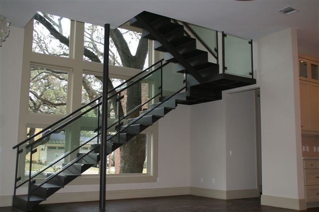 Custom Glass Handrail Clamp System At Stairway | Glass Handrail Systems |  Residential Gallery | Anchor