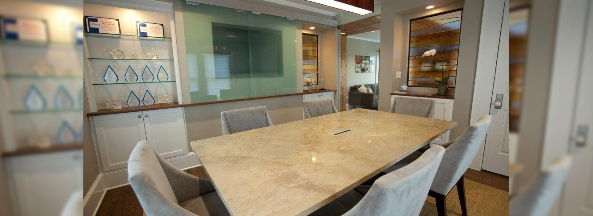 Commercial Interior Glass Products | Commercial Products | Anchor-Ventana Glass