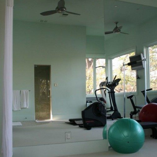 Frameless Mirror Wall in Fitness Room | Mirrors Gallery | Anchor-Ventana Glass