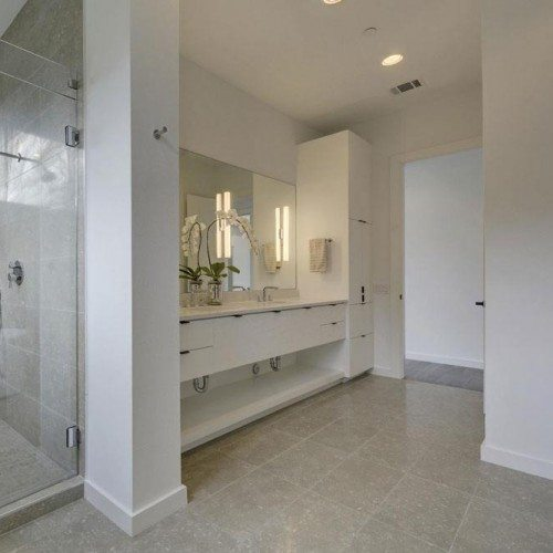 Frameless Inline Shower and Frameless Mirror in Bathroom | Mirrors Gallery | Anchor-Ventana Glass