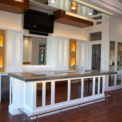 Frameless Mirrors used in Kitchen Island & Wall | Other Residential Glass | Residential Glass Gallery | Anchor-Ventana Glass