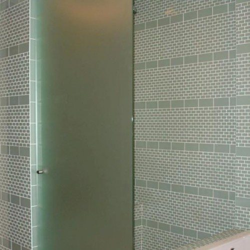 Frameless Saten Shower Door with Knob in Bathroom | Shower Gallery | Anchor-Ventana Glass