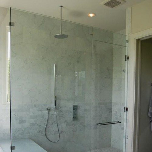 Let Anchor-Ventana enclose your shower space with a custom-fitted frameless glass enclosure | Shower Gallery | Anchor-Ventana Glass