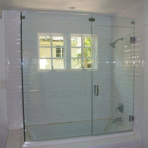 Frameless Glass Tub and Shower Door | Shower Gallery | Anchor-Ventana Glass